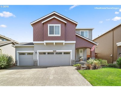 Forest Grove Single Family Home For Sale: 1044 Lilac St