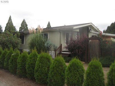 Canby Single Family Home Pending: 1400 S Elm St #34