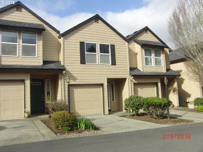 Oregon City, Beavercreek, Molalla, Mulino Condo/Townhouse For Sale: 13949 Beavercreek Rd