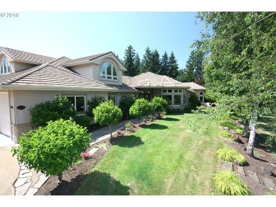Oregon City Single Family Home For Sale: 17695 S Fieldstone Ct