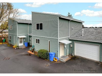 Portland OR Multi Family Home For Sale: $450,000