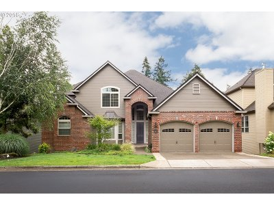 Wilsonville Single Family Home For Sale: 6887 SW Cedar Pointe Dr