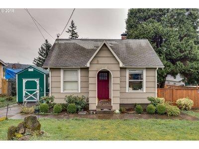 Portland Single Family Home For Sale: 11748 SE Boise St