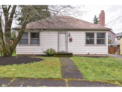 Portland Single Family Home For Sale: 4335 NE 77th Ave