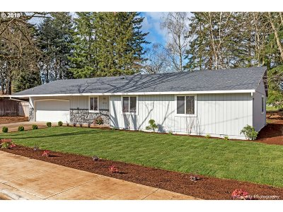 Oregon City Single Family Home For Sale: 19532 S Central Point Rd