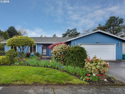 Gresham Single Family Home For Sale: 1525 NW Riverview Ave