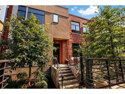 Single Family Home For Sale: 1718 NW Riverscape St