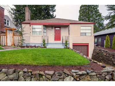 Portland Single Family Home For Sale: 4031 NE 78th Ave