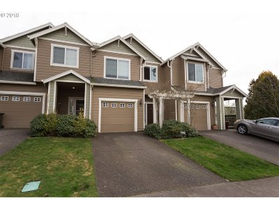 West Linn Single Family Home For Sale: 20457 Hoodview Ave
