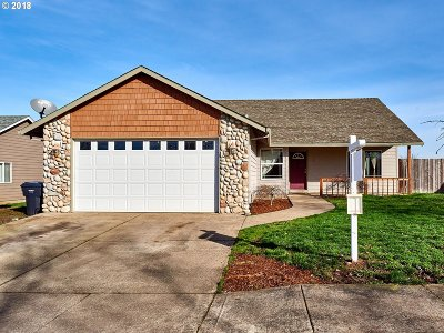 Molalla Single Family Home For Sale: 721 Patrol St
