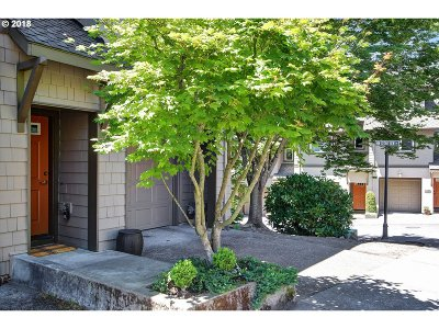 Portland Single Family Home For Sale: 10250 NW Village Heights Dr