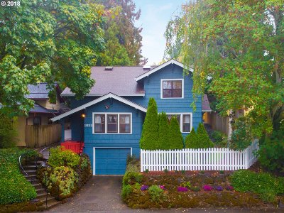 Portland Single Family Home For Sale: 1822 NE 47th Ave