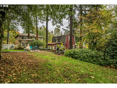Portland Single Family Home For Sale: 5870 SW Ralston Dr