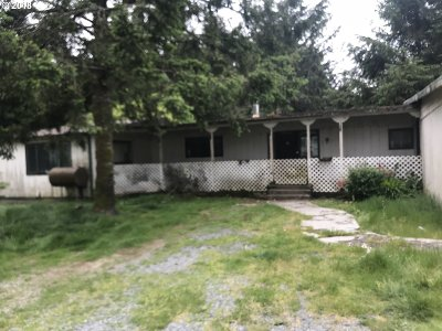 Coos Bay Single Family Home For Sale: 90852 Wilshire Ln