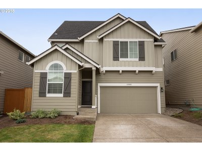 Happy Valley, Clackamas Single Family Home For Sale: 12202 SE Olympic St