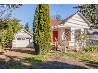Portland Single Family Home For Sale: 1206 SE 85th Ave