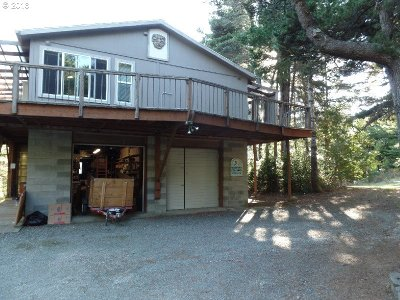 Port Orford Single Family Home For Sale: 41687 Hwy 101