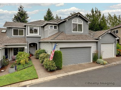 Portland Single Family Home For Sale: 9745 NW Silver Ridge Loop