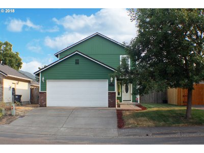 Springfield Single Family Home For Sale: 6571 Jules Pl