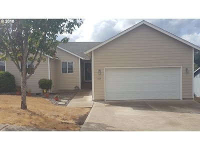 Willamina Single Family Home For Sale: 845 SW Bales Ave