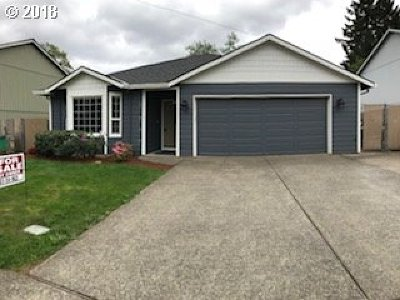 Portland OR Single Family Home For Sale: $377,000