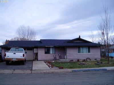Elgin Single Family Home For Sale: 625 NE 13th Ave