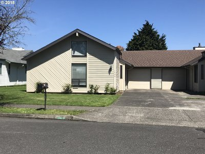 Troutdale Single Family Home For Sale: 1539 SW 22nd St