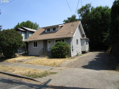 Clackamas County, Multnomah County, Washington County Single Family Home For Sale: 8540 N Allegheny Ave