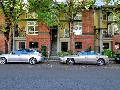 Portland Condo/Townhouse For Sale: 1114 NE Schuyler St