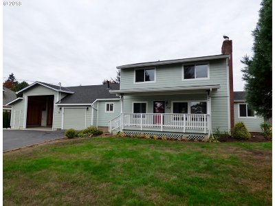 Oregon City Single Family Home For Sale: 152 Barker Rd