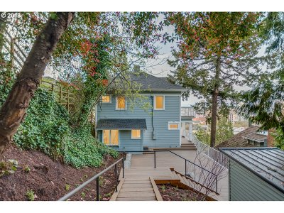 Single Family Home For Sale: 1441 SW College St
