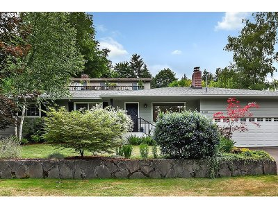 Lake Oswego Single Family Home For Sale: 1508 Pine St