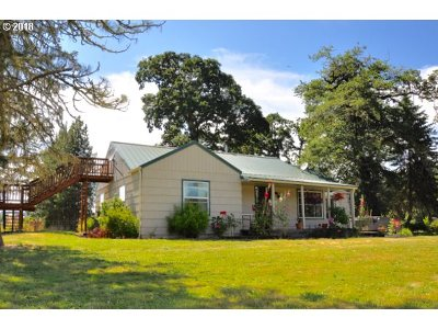 Lane County Single Family Home For Sale: 93710 Territorial Hwy