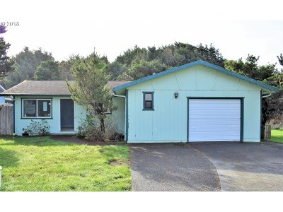 Gold Beach OR Single Family Home For Sale: $190,000