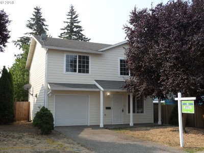 Portland Single Family Home For Sale: 9312 SE Mitchell St