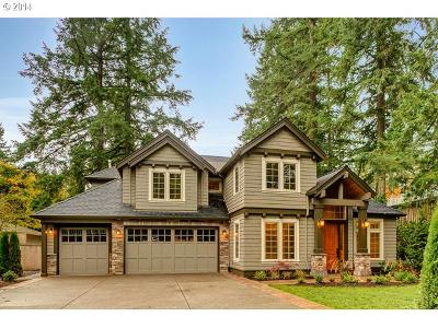 Lake Oswego Single Family Home For Sale: 820 Fairway Rd