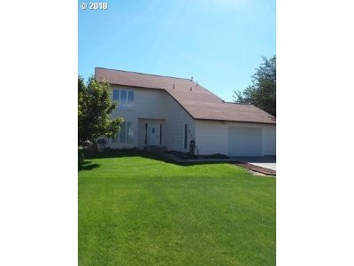 Hermiston Single Family Home For Sale: 32906 Quests End Ln