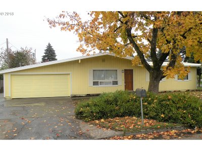 Vancouver Single Family Home For Sale: 207 SE 105th Ave