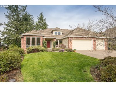 Tualatin Single Family Home For Sale: 10965 SW Byrom Ter