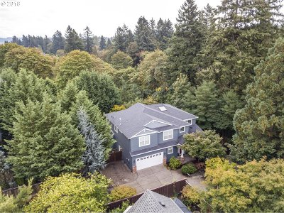 Tualatin Single Family Home For Sale: 5758 SW Lee St