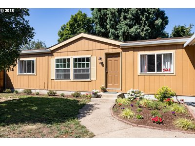 Eugene Single Family Home For Sale: 2528 Janelle Way #46
