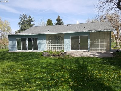 Hermiston Single Family Home For Sale: 31140 Follett Ln