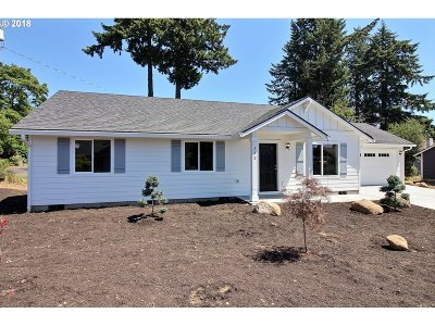 Washougal Single Family Home For Sale: 330 11th St