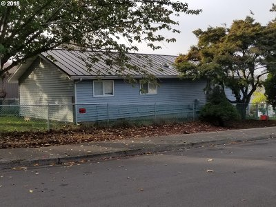 Troutdale Single Family Home For Sale: 531 SE Dora St