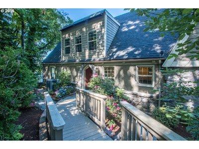 Single Family Home For Sale: 10150 SW Riverside Dr