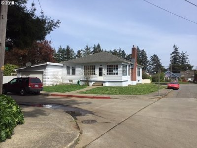 North Bend Single Family Home For Sale: 1391 Union