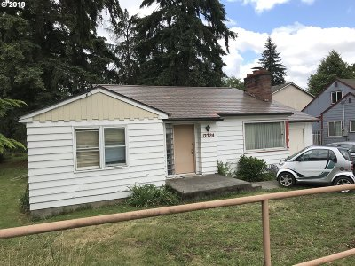 Portland Single Family Home For Sale: 13324 NE Glisan St