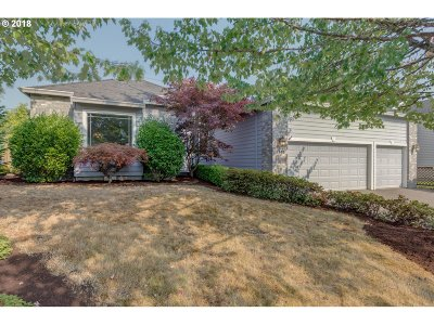 Beaverton Single Family Home For Sale: 2410 NW Lydia Pl