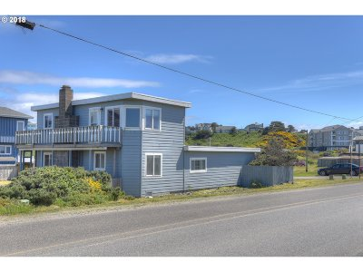 Bandon Single Family Home For Sale: 375 Lincoln Ave