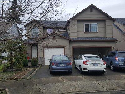 Hillsboro Single Family Home For Sale: 1511 SE Pelton Ct